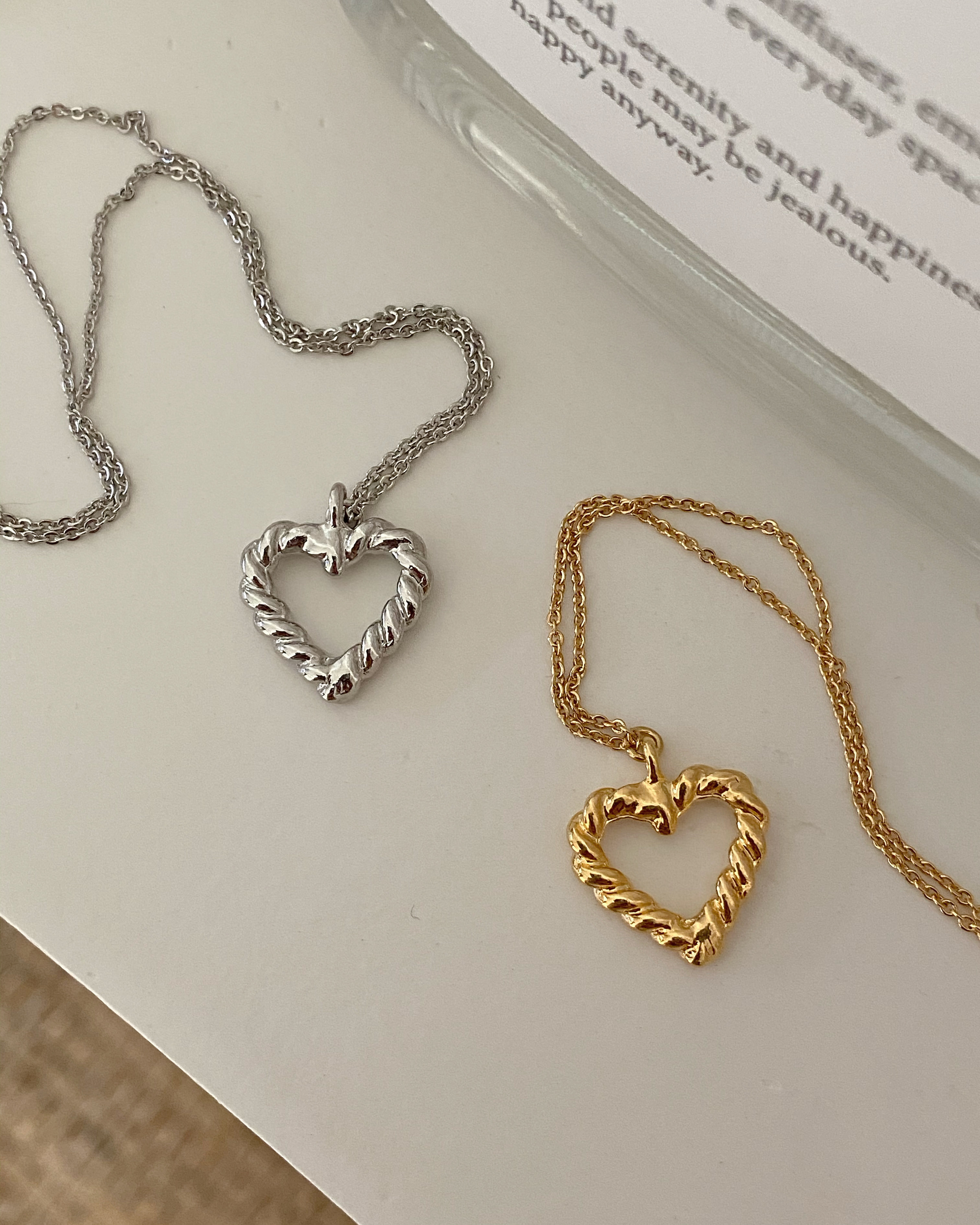 bold line heart necklace (2 color)